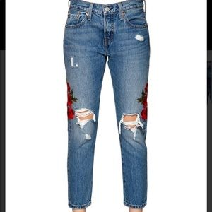 Levi's 501 Tapered rose embroidered cropped jeans